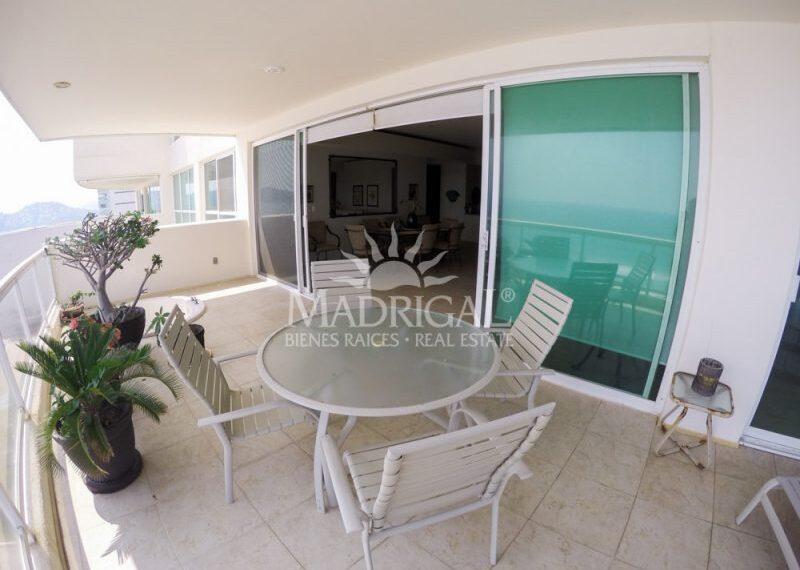 Departamento_Renta_Acapulco_Condominio_Galapagos_Costera_Las_Palmas_Playa_Diamante_01-10-800x600
