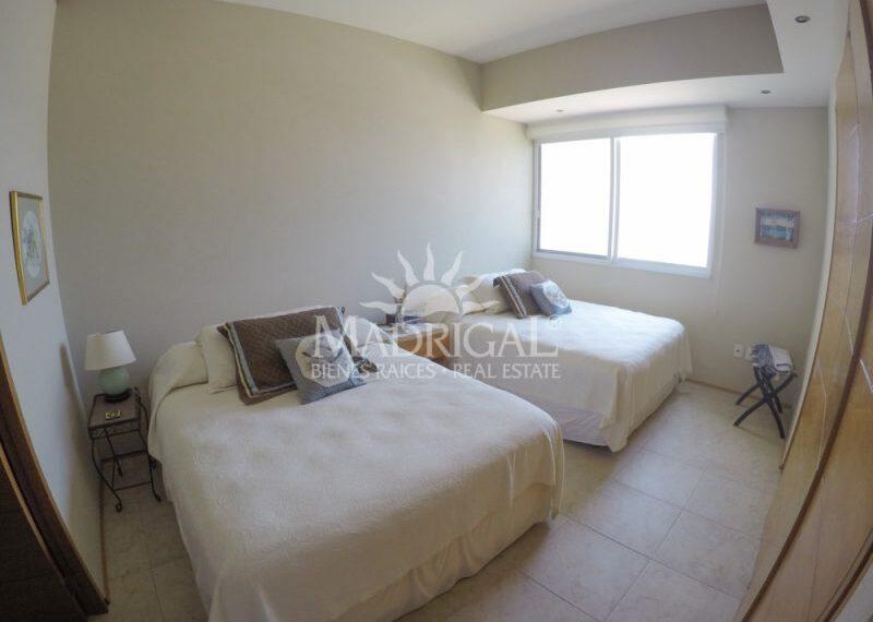 Departamento_Renta_Acapulco_Condominio_Galapagos_Costera_Las_Palmas_Playa_Diamante_01-18-800x600