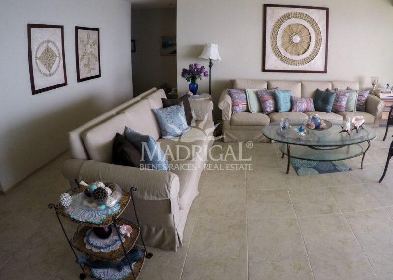 Departamento_Renta_Acapulco_Condominio_Galapagos_Costera_Las_Palmas_Playa_Diamante_01-7-800x600